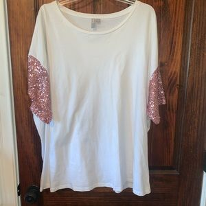 Over sized sequin detailed top!